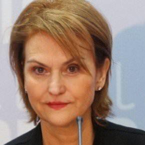 Η Μαρία Ρεπούση ζητάει να καταργηθεί το οφσάιντ...